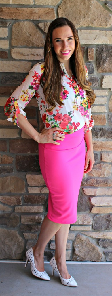 Ruby Claire Boutique, mymommystyle, camille Walker, fashion, spring, summer, fashion, hot pink pencil skirt, floral blouse