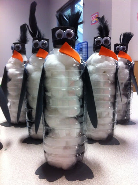 recycled art project penguins from water bottles.