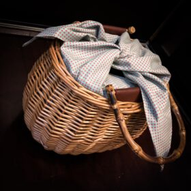 Willow Bag Basket with Bamboo handle photo review
