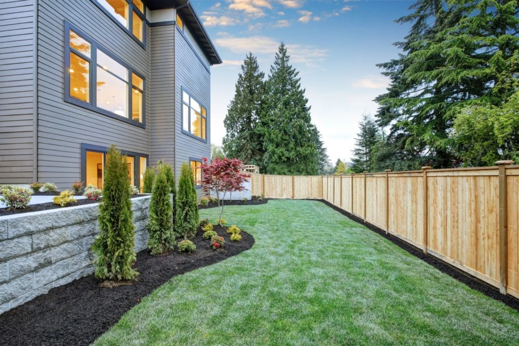 12 small backyard landscaping ideas for