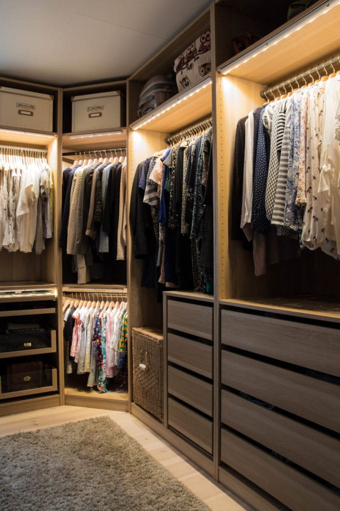 15 amazing walk in closets for your