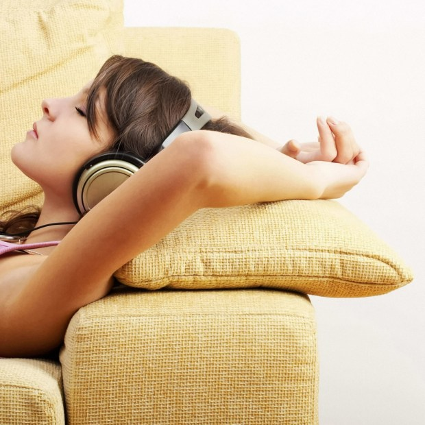 MP3, relax, hypnotherapy, hypnosis, download, headphones, Mynd.Works Therapy