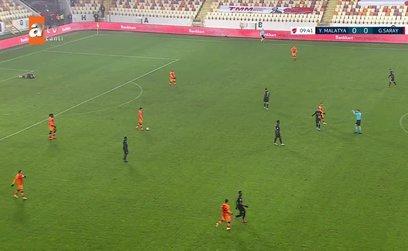 Yeni Malatyaspor - Galatasaray maçında penaltı tartışması