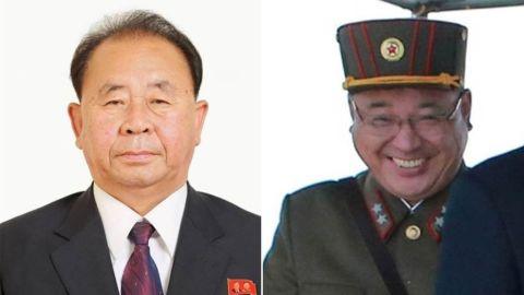 RI Pyong-chol (kiri) dan Kim Jong-sik