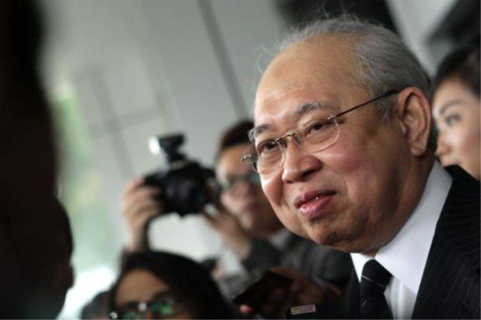 Berdoalah Agar Gaji Mereka Dibayar Separuh Dari Kabinet Mahiaddin -Ku Li