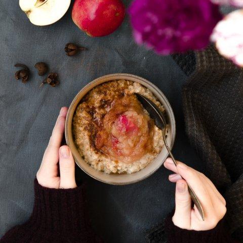 Steel Cut Porridge & Apple Compote