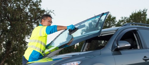Nrma Auto Glass Car Windscreen Replacement And Repairs The Nrma