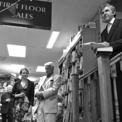 Frazer Jansen of Windsor Waterstones, introducing both Emma Buckley, editor at Transworld, and the author she has just published, Andrew Swanson