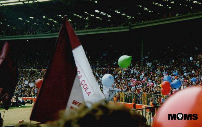aston villa ballons wembley 1994