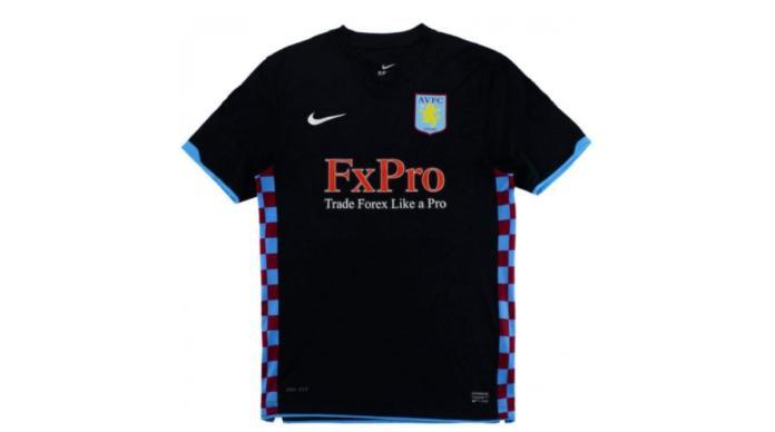 Aston Villa away shirt Gérard Houllier