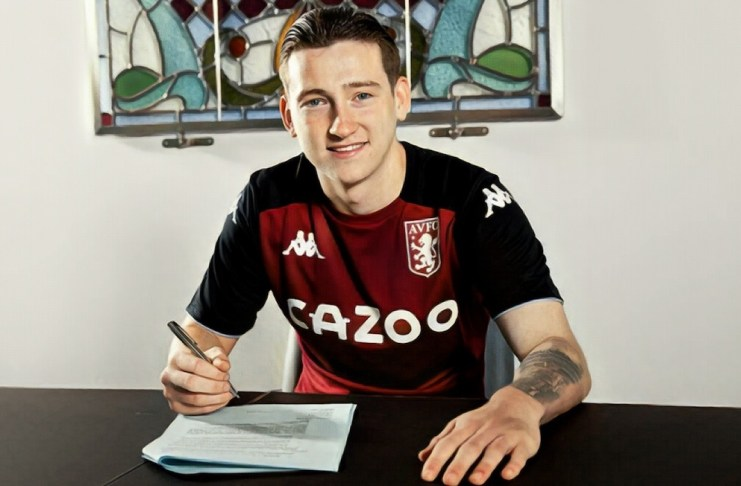 Louie Barry signs Aston Villa contract