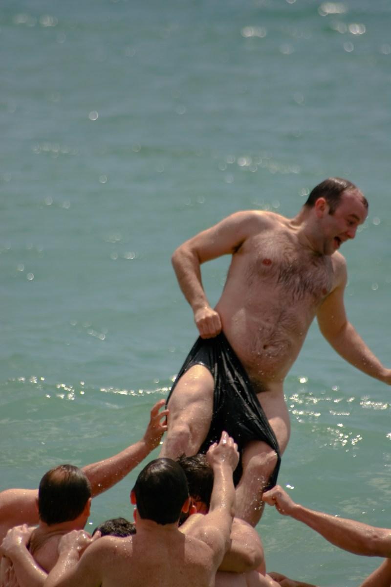 Ruggers fun naked (2)