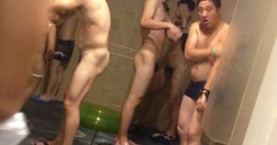 asian-guys-spy-in-showers