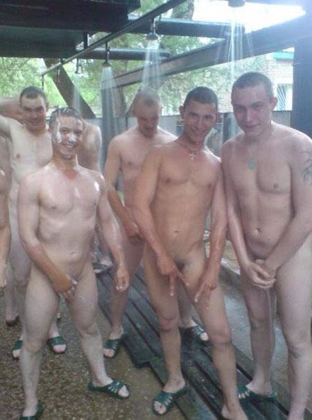 marines-nude-bath1