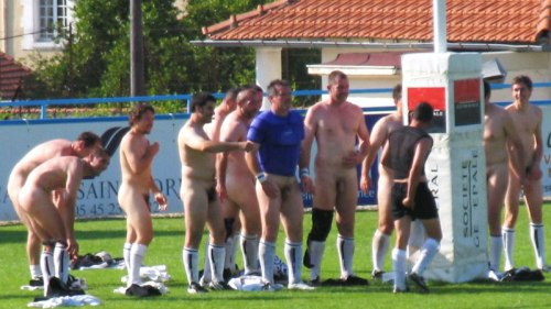 mature-rugby-players-naked