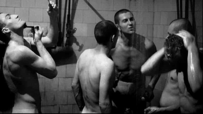 miners-showering