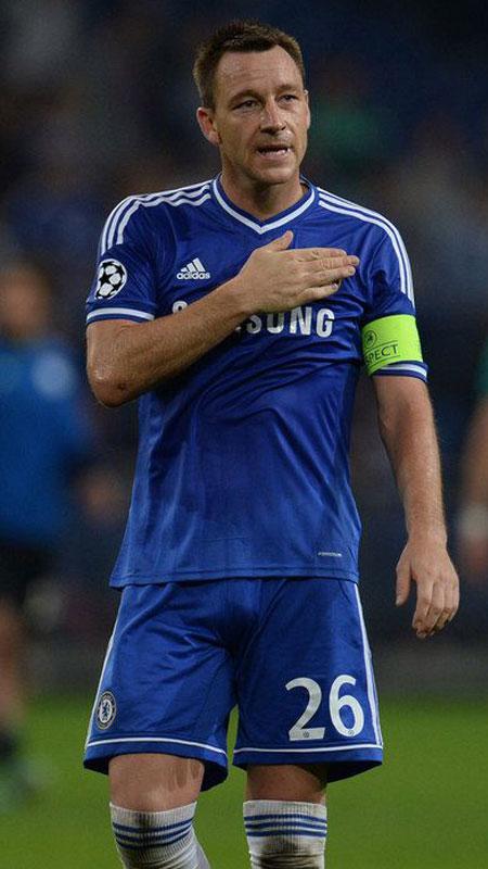 footballer-big-bulge