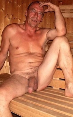 daddy-with-big-dick-apread-legs-in-sauna-naked