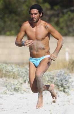 soccer-player-bulge