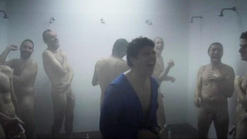 calciatori-nudi-in-doccia
