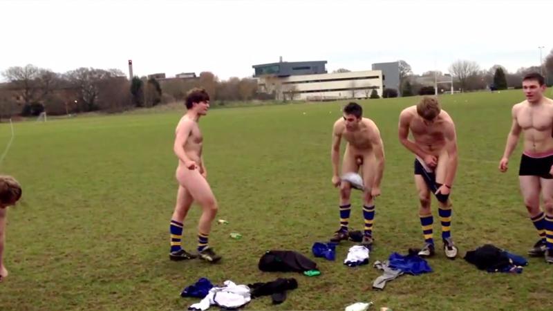 naked-straight-sportsmen-showing-dick