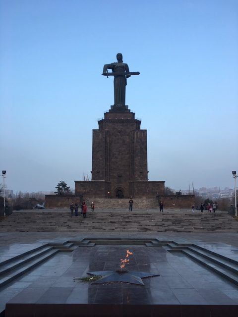 Statua Madre Armenia - viaggio in Armenia 2019 My Own Way 09