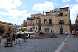 place de l'ancienne église St Giuseppe.