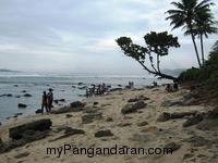 Indahnya Pantai Karapyak Yang Perawan