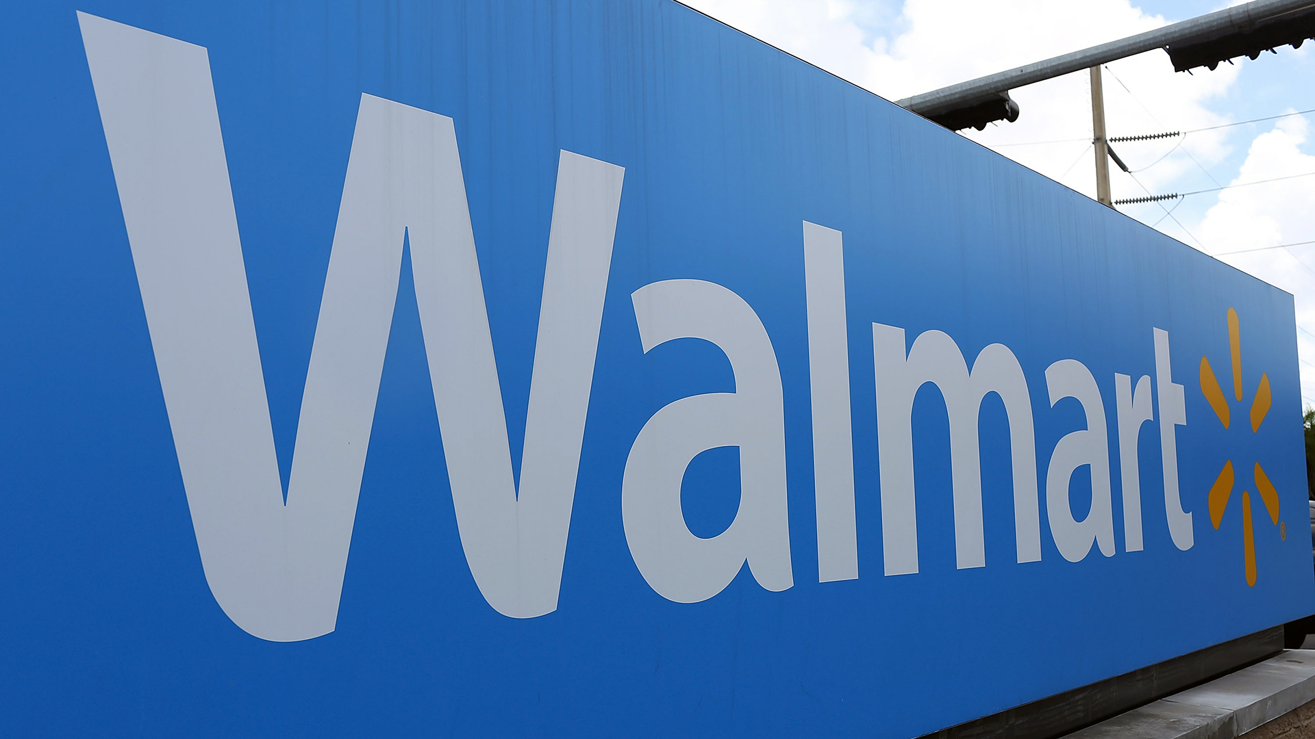 Walmart, Sam's Club raises tobacco purchase age to 21 | WMBB