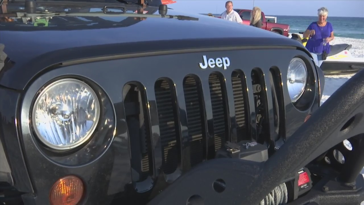 Jeep Beach Jam Brings More Than a Thousand Jeeps to PCB