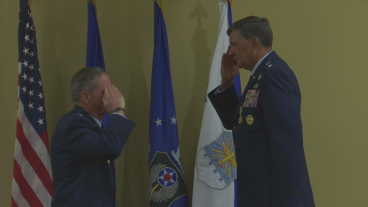 LONGEST SERVING GENERAL RETIRES FROM AIR FORCE