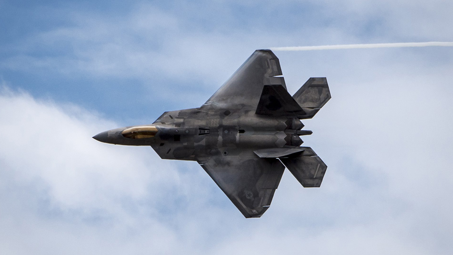 F-22 Raptor fighter_1513286775108.jpg-159532.jpg26873121