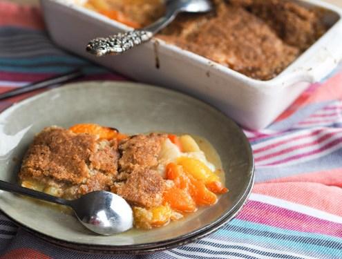 cruumble aux fruits d'été (abricot pèche brugnon) et pâte à crumble aux flocons d'avione