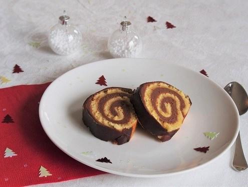 Bûche de Noël au chocolat et au fruit de la passion de Pierre Hermé
