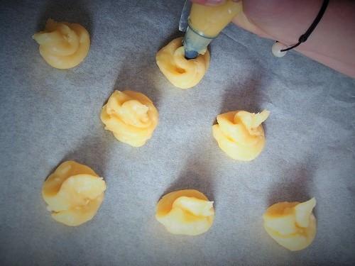 pâte à choux, recette expliquée pas à pas en photos