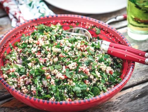 Salade de quinoa aux herbes fraîches façon taboulé libanais