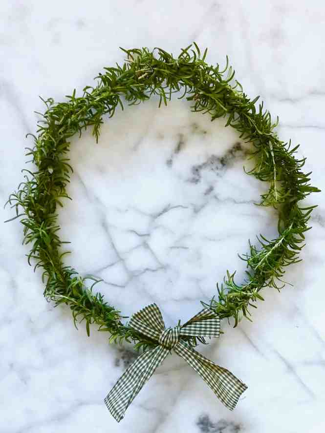 DIY Rosemary Wreath | www.mypetitejoys.com