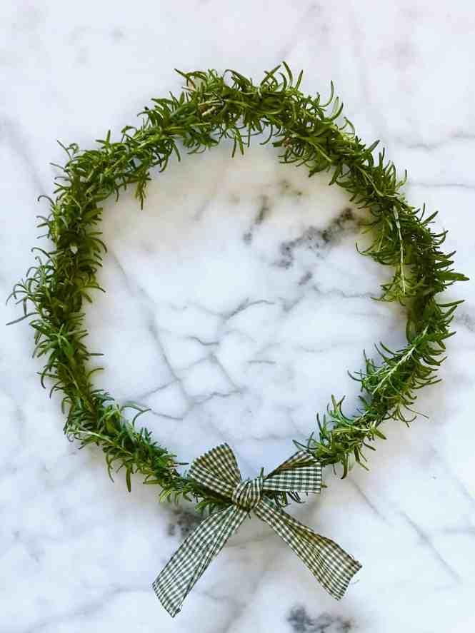 DIY Rosemary Wreath | www.mypetitejoys.com