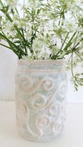 blomstervaser av syltetøyglass