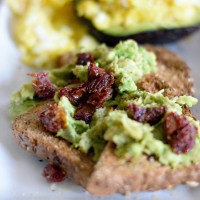 Avocado Toast with Sun-Dried Tomatoes