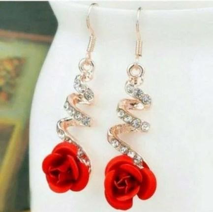 Twisted rose drop earrings