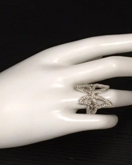 Pretty Silvertone Butterfly Ring With Decorative Cut Out Pattern Size 8