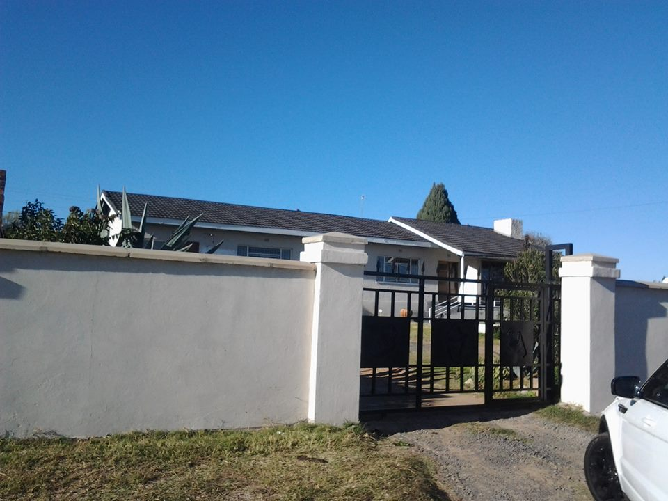 HOUSE FOR RENTAL Ls
