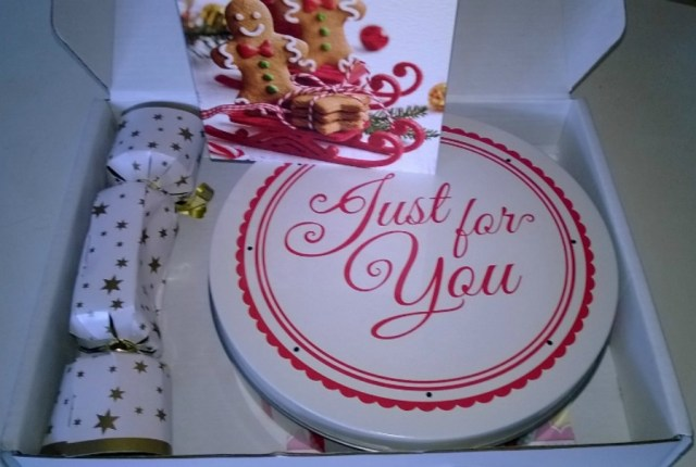 Baker Days Cakes By Post Christmas Cake Review