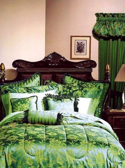 Emerald Green Bedding
