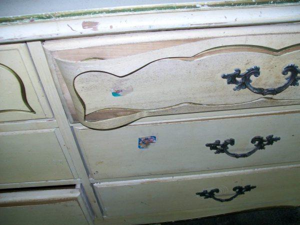 peeling drawer