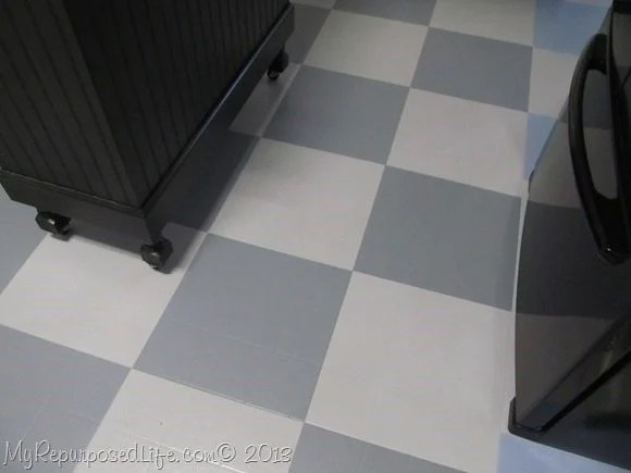 how to paint a vinyl kitchen floor two toned gray