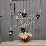 Valentine tree with Krylon Spray Paint