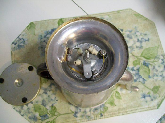 dismantle vintage coffee pot