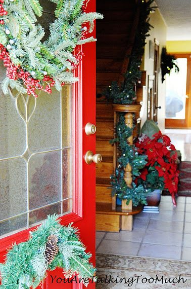 Christmas-front-entry